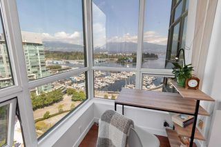 Photo 6: 1603 555 JERVIS STREET in Vancouver: Coal Harbour Condo for sale (Vancouver West)  : MLS®# R2487404
