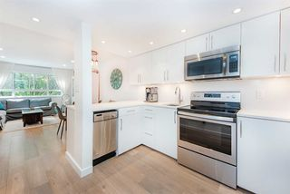 "Photo 10: 312 1990 W 6TH Avenue in Vancouver: Kitsilano Condo for sale in ""Maple View Place"" (Vancouver West)  : MLS®# R2498539"