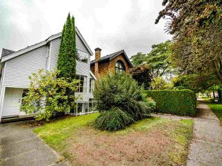 Photo 1: 4314 W 14TH Avenue in Vancouver: Point Grey House for sale (Vancouver West)  : MLS®# R2506237