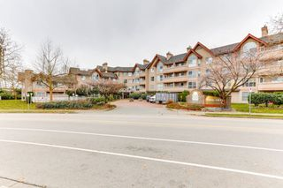 Photo 1: 216 7435 121A Street in Surrey: West Newton Condo for sale : MLS®# R2519076