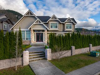 Photo 18: 41500 GOVERNMENT Road in Squamish: Brackendale House for sale : MLS®# R2520587