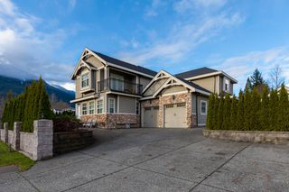 Photo 16: 41500 GOVERNMENT Road in Squamish: Brackendale House for sale : MLS®# R2520587
