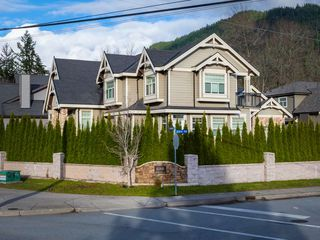 Photo 19: 41500 GOVERNMENT Road in Squamish: Brackendale House for sale : MLS®# R2520587
