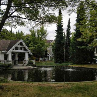 Photo 2: 407-8100 Jones Road in Richmond: Brighouse South Condo for sale : MLS®# R2492426