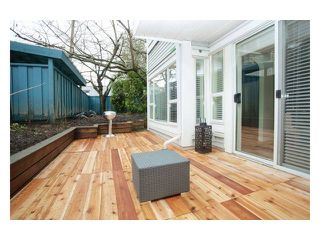 "Photo 1: 101 876 W 14TH Avenue in Vancouver: Fairview VW Condo for sale in ""WINDGATE LAUREL"" (Vancouver West)  : MLS®# V937496"