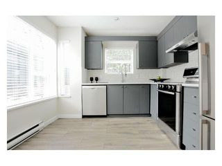 """Photo 4: 101 876 W 14TH Avenue in Vancouver: Fairview VW Condo for sale in """"WINDGATE LAUREL"""" (Vancouver West)  : MLS®# V937496"""
