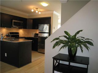 Photo 3: 601 4025 NORFOLK Street in Burnaby: Central BN Townhouse for sale (Burnaby North)  : MLS®# V948618