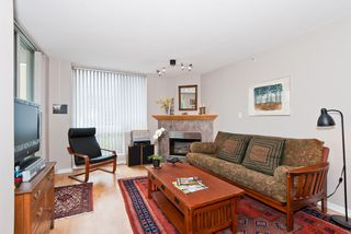"Photo 3: 311 1978 VINE Street in Vancouver: Kitsilano Condo for sale in ""THE CAPERS BUILDING"" (Vancouver West)  : MLS®# V954905"