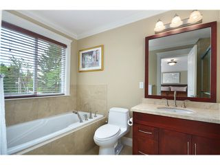Photo 10: 441 W 16TH Street in North Vancouver: Central Lonsdale House 1/2 Duplex for sale : MLS®# V1007183