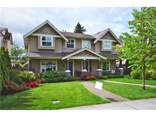 Photo 1: 441 W 16TH Street in North Vancouver: Central Lonsdale House 1/2 Duplex for sale : MLS®# V1007183