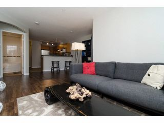 "Photo 6: 304 7330 SALISBURY Avenue in Burnaby: Highgate Condo for sale in ""BOTANICA"" (Burnaby South)  : MLS®# V1078222"