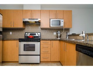 "Photo 10: 304 7330 SALISBURY Avenue in Burnaby: Highgate Condo for sale in ""BOTANICA"" (Burnaby South)  : MLS®# V1078222"