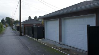 Photo 2: 5009 Irmin Street in Burnaby: Metrotown 1/2 Duplex for sale (Burnaby South)