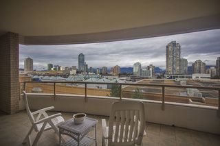 Photo 15: 700 4830 BENNETT STREET in Burnaby: Metrotown Condo for sale (Burnaby South)  : MLS®# R2044239