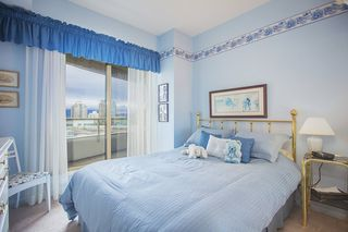 Photo 8: 700 4830 BENNETT STREET in Burnaby: Metrotown Condo for sale (Burnaby South)  : MLS®# R2044239