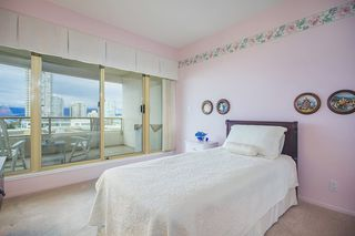 Photo 12: 700 4830 BENNETT STREET in Burnaby: Metrotown Condo for sale (Burnaby South)  : MLS®# R2044239