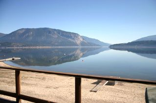 Main Photo: 5326 Pierre's Point Road in Salmon Arm: Pierre's Point House for sale (NW Salmon Arm)  : MLS®# 10114083