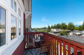Photo 15: 1757 LAKEWOOD DRIVE in Vancouver: Grandview VE House 1/2 Duplex for sale (Vancouver East)  : MLS®# R2096548