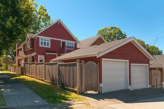 Photo 13: 1757 LAKEWOOD DRIVE in Vancouver: Grandview VE House 1/2 Duplex for sale (Vancouver East)  : MLS®# R2096548
