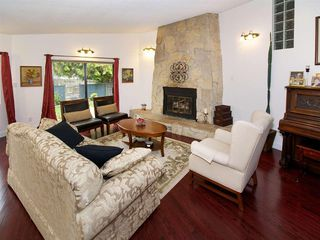 Photo 3: 5627 Dove Place in Delta: House for sale (Ladner)