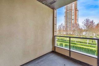 Photo 11: 305 7388 SANDBORNE AVENUE in Burnaby: South Slope Condo for sale (Burnaby South)  : MLS®# R2261624