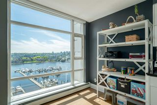 Photo 8: 1502 1199 MARINASIDE CRESCENT in Vancouver: Yaletown Condo for sale (Vancouver West)  : MLS®# R2268201