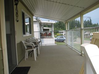 Photo 5: #16 2932 Buckley Rd: Sorrento Manufactured Home for sale (Shuswap)  : MLS®# 10167111
