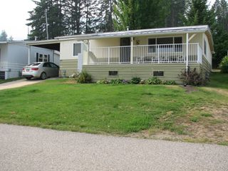 Photo 2: #16 2932 Buckley Rd: Sorrento Manufactured Home for sale (Shuswap)  : MLS®# 10167111