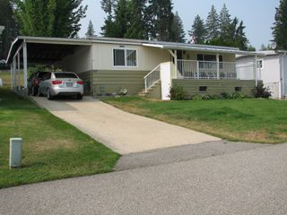 Photo 3: #16 2932 Buckley Rd: Sorrento Manufactured Home for sale (Shuswap)  : MLS®# 10167111