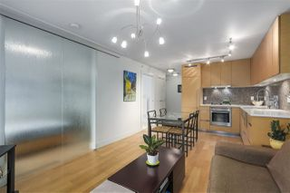 Photo 4: 701 565 SMITHE STREET in Vancouver: Downtown VW Condo for sale (Vancouver West)  : MLS®# R2337864