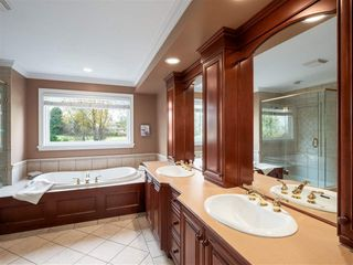 Photo 12: 3701 DEVONSHIRE DRIVE in Surrey: Morgan Creek House for sale (South Surrey White Rock)  : MLS®# R2353790