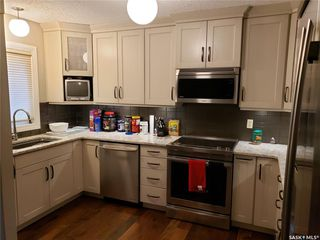 Photo 10: 218 Avondale Road in Saskatoon: Wildwood Residential for sale : MLS®# SK780034