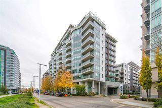 "Main Photo: 1659 ONTARIO Street in Vancouver: False Creek Townhouse for sale in ""Sails"" (Vancouver West)  : MLS®# R2415738"