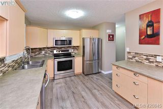 Photo 11: 112 2721 Jacklin Rd in VICTORIA: La Langford Proper Row/Townhouse for sale (Langford)  : MLS®# 832928