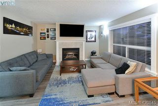 Photo 5: 112 2721 Jacklin Rd in VICTORIA: La Langford Proper Row/Townhouse for sale (Langford)  : MLS®# 832928