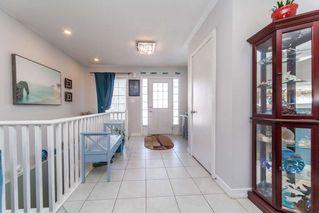 Photo 2: 5 Flynn Avenue in Kawartha Lakes: Lindsay House (Bungalow) for sale : MLS®# X4706502