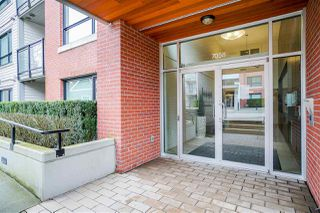 """Photo 5: 302 7058 14TH Avenue in Burnaby: East Burnaby Condo for sale in """"Red Brick"""" (Burnaby East)  : MLS®# R2455850"""