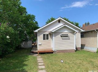 Photo 1: 970 Elphinstone Street in Regina: Washington Park Residential for sale : MLS®# SK821321