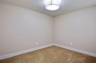 Photo 42: 2102 53 Avenue SW in Calgary: North Glenmore Park Detached for sale : MLS®# A1028710
