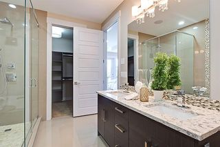 Photo 37: 2102 53 Avenue SW in Calgary: North Glenmore Park Detached for sale : MLS®# A1028710