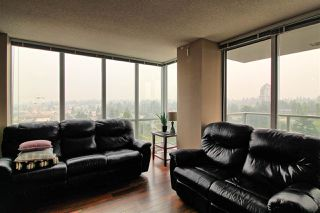 """Photo 3: 1407 13688 100 Avenue in Surrey: Whalley Condo for sale in """"Park Place One"""" (North Surrey)  : MLS®# R2499938"""