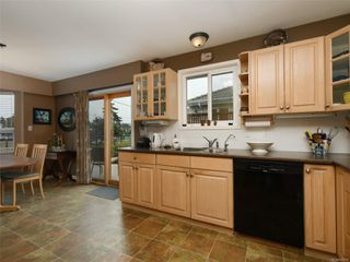 Photo 9: 10446 Resthaven Dr in : Si Sidney North-East House for sale (Sidney)  : MLS®# 855838