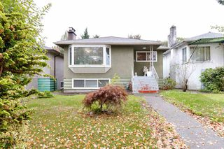Photo 1: 2792 MCGILL Street in Vancouver: Hastings Sunrise House for sale (Vancouver East)  : MLS®# R2502118