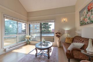 "Photo 1: 414 1363 CLYDE Avenue in West Vancouver: Ambleside Condo for sale in ""PLACE FOURTEEN"" : MLS®# R2504300"