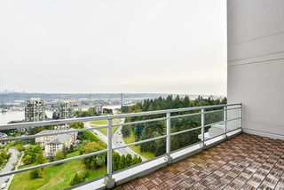 """Photo 25: 2302 280 ROSS Drive in New Westminster: Fraserview NW Condo for sale in """"THE CARLYLE ON VICTORIA HILL"""" : MLS®# R2504793"""