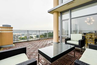 """Photo 26: 2302 280 ROSS Drive in New Westminster: Fraserview NW Condo for sale in """"THE CARLYLE ON VICTORIA HILL"""" : MLS®# R2504793"""