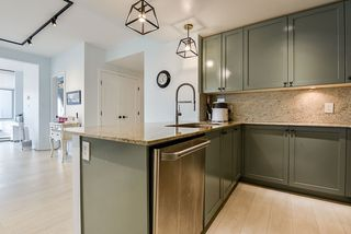 """Photo 14: 2302 280 ROSS Drive in New Westminster: Fraserview NW Condo for sale in """"THE CARLYLE ON VICTORIA HILL"""" : MLS®# R2504793"""