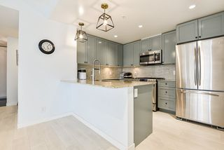"""Photo 11: 2302 280 ROSS Drive in New Westminster: Fraserview NW Condo for sale in """"THE CARLYLE ON VICTORIA HILL"""" : MLS®# R2504793"""