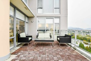 """Photo 27: 2302 280 ROSS Drive in New Westminster: Fraserview NW Condo for sale in """"THE CARLYLE ON VICTORIA HILL"""" : MLS®# R2504793"""