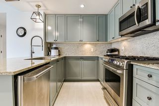 """Photo 12: 2302 280 ROSS Drive in New Westminster: Fraserview NW Condo for sale in """"THE CARLYLE ON VICTORIA HILL"""" : MLS®# R2504793"""